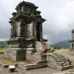 Hindu-Tempel auf dem Dieng-Plateau