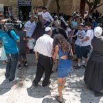 Bar Mitzwa auf dem Platz der Hurva Synagoge