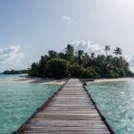 Medhufushi vom Steg der Wasservillen gesehen