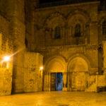 Die Grabeskirche in der Nacht