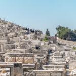 Auf dem jüdischen Friedhof am Ölberg