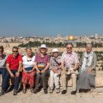 Die Reisegruppe vor dem Panorama der Altstadt