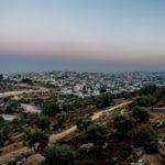 Blick von Gilo nach Beit Jala. Links die Sperranlagen