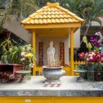 Oahu, Honolulu, Chinatown, Altar