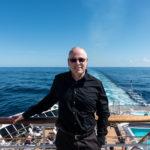 QM2 - Der Autor ?ber dem Achterschiff