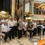 Coral Princess: Pop Choir im Atrium