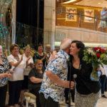 Coral Princess: Pop Choir, Dank an Miranda McLean, Cruise Director