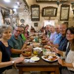 Jerusalem - Die Gruppe in der Armenischen Taverne