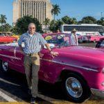 Havanna - Der Autor mit einem Oldtimer am Plaza de la Revolucion