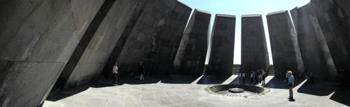 Völkermordgedenkstätte Zizernakaberd