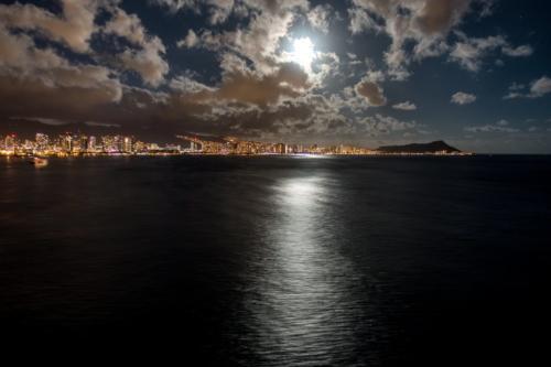 Oahu, Honolulu bei Nacht