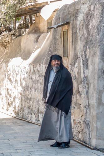 Äthiopischer Mönch auf dem Dach der Grabeskirche