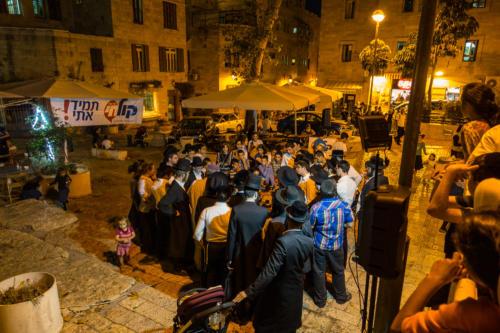 Tiferet-Israel-Platz, orthodoxer Radiosender