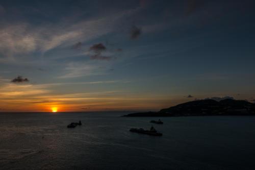 Sonnenuntergang vor Sint Maarten