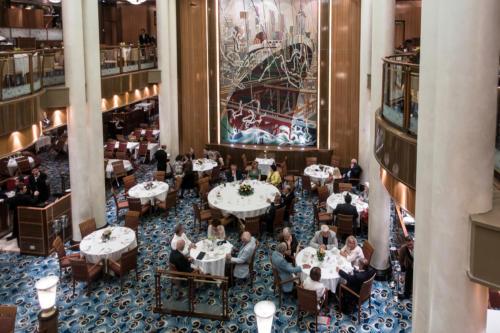 QM2 - Britannia Restaurant