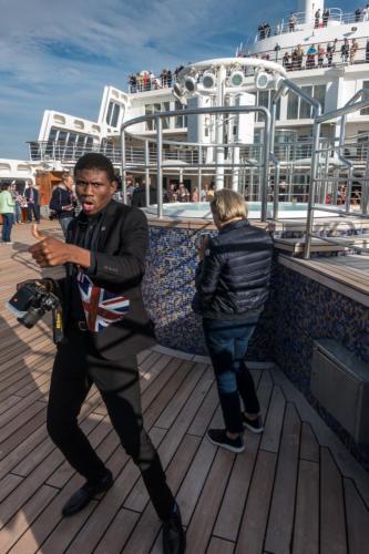 QM2 - Auslaufen aus Southampton - Der Bordfotograf