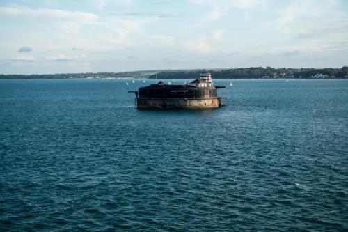 QM2 - No Man's Land Fort bei Southampton