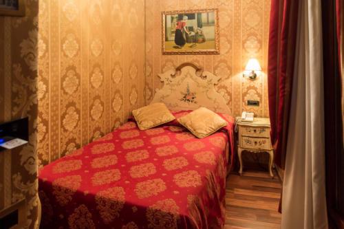 Einzelzimmer im Hotel Antico Panada