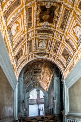 Treppenaufgang im Palazzo Ducale