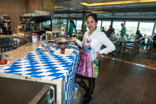 "Coral Princess: ""Deutsches"" Buffet im Horizon Court Restaurant"